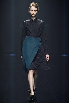 Hanae Mori Manuscrit Tokyo Fall 2016 Collection Photos - Vogue