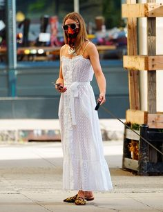 Olivia Palermo Street Style, Olivia Palermo Outfit, Olivia Palermo Lookbook, Olivia Culpo, Spring Street Style, Spring Summer Fashion, White Maxi Dresses, White Dress, Look Fashion