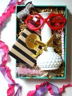 Wedding Tutorial: DIY Flowergirl Gift Box | http://classicbrideblog.com/2015/09/wedding-tutorial-diy-flowergirl-gift-box.html/ | Photo by Sarah Darcy