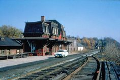The railroad station at Bethlehem, Pennsylvania in the 1950s. The car is a 1955 or 1956 Pontiac.