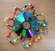 cds recycled crafts, recycled cd crafts work, recycled cd crafts for kids Old Cd Crafts, Crafts For Teens, Crafts To Do, Bead Crafts, Arts And Crafts, Recycled Cds, Recycled Crafts, Repurposed, Cd Recycling