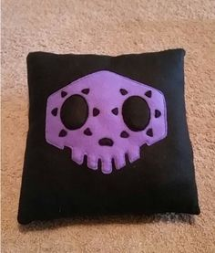 Overwatch Sombra Pillow by AlchemistsCrafts on Etsy https://www.etsy.com/listing/484796880/overwatch-sombra-pillow