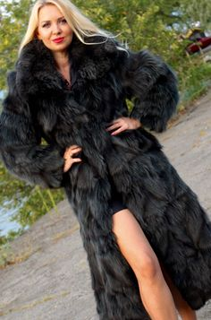 Real Fur Coat black FOX Fit UK 10-12-14-16 polar fox saga