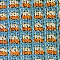 Verschiedene Tunesische Häkelmuster, Tunesisches Füllstichmuster, Muster mit Stäbchen, Tunesisches Umschlagmuster und Dreifarbiges tunesisches Häkelmuster Tunisian Crochet, Crochet Afghans, Crochet Stitches, Crochet Hooks, Crochet Patterns, Diy And Crafts, Blanket, Pillows, Inspiration