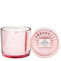 GRANDE MAISON CANDLE W/LID - Processo Rose - Notes of sparkling pink prosecco and rose petals.