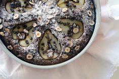 gourmets {amadores}: Bolo de pêras, avelãs e chocolate para 10 anos de ...