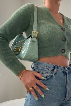 Green Fashion, Look Fashion, Fashion Outfits, Mode Pastel, Mint Green Aesthetic, Looks Pinterest, Mode Inspiration, Looks Style, Mode Style