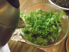 Livin' In The Green: Tea-licious Summer Tea Recipe with Lemon Balm