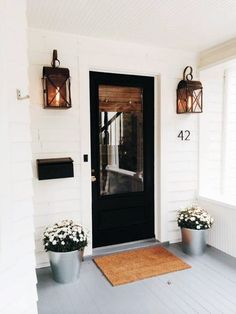 Country Style Cottage Homes Cottage Style Dining Chairs Style At Home, Home Design, Design Ideas, Design Homes, Patio Design, Design Design, Modern Cottage Style, Cottage Style Front Doors, Farmhouse Front Porches