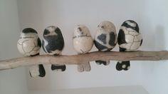 5 vogeltjes in een huisje, raku gestookt