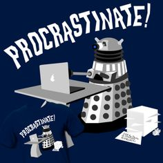 Procrastinate! - Did anyone else notice there's a pear on the computer? (The Doctor HATES pears!)
