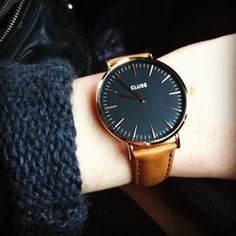 Order the CLUSE La Bohème Gold Black/Caramel ladies watch now in the official CLUSE store! Swatch, Trendy Watches, Cool Watches, Bracelet Silicone, Jewelry Accessories, Fashion Accessories, Watches Photography, Hipster Outfits, Fashion Watches