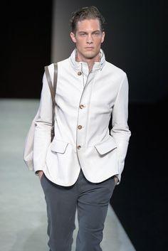 Giorgio Armani fashion show & more details