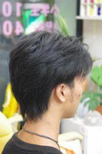 ツーブロック後ろのおすすめの形は 後ろ姿だけの髪型100選 後ろの頼み方は かぶせると刈り上げの違いを現役理容師が解説 サロンセブン 髪型 人気の髪型 20代 ヘアスタイル