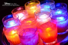 Give your cocktails a fun twist by serving them with glow cubes #Disney #wedding #cocktails