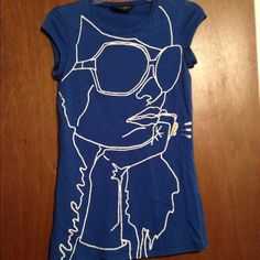 Dorothy Perkins Portrait Tee Size 10 - 38 Euro Priced to sell quickly Dorothy Perkins Tops Tees - Short Sleeve