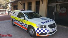 https://flic.kr/p/UGyF8W | Western Australia Police | New Livery Holden Commodore Ute Divisional Van JA102 General Duties police vehicle Armadale, WA.