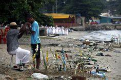 Festa para Iemanjá na praia - Rio de Janeiro - Brasil