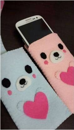 Felt cute bear phone cases - My felt creations - Felt Phone Cases, Felt Case, Diy Phone Case, Pochette Portable, Pochette Diy, Foam Crafts, Diy And Crafts, Crafts For Kids, Sewing Toys