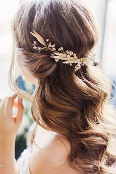 Beautiful And Simple Wedding Hairstyles ❤ See more: http://www.weddingforward.com/simple-wedding-hairstyles/ #weddings