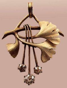 Carl Faberge Pendant. 1899-1908, Gold, diamonds, enamel