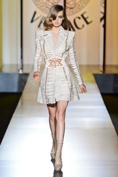 versace winter 2012  lindsey wixson