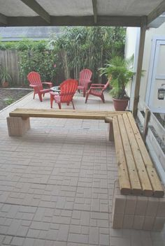 Easy DIY Outdoor Bench Interesting Landscape Timbers For Garden Decoration Ideas: Cheap Outdoor Landscape Timbers Bench Seating For Home Furniture Ideas Outdoor Corner Bench, Patio Bench, Backyard Seating, Diy Patio, Backyard Patio, Wall Bench, Outdoor Benches, Garden Benches, Outdoor Rooms