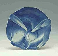 Photo of Moulded dish in shape of hare with underglaze cobalt-blue detailing with dotted lines