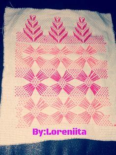 ❤Punto llugoslavo By:Loreniita💜 Swedish Weaving, Bargello, Mayo, Appliques, Elsa, Cross Stitch, Embroidery, Straight Stitch, Napkins