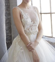 Forks&Brides — #redcarpet inspiration with this beautiful...