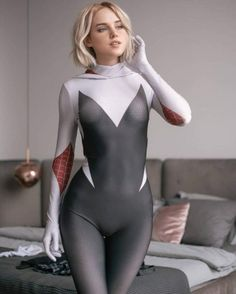 NSFW Cosplay pictures from sexy female anime, movie, cartoon cosplayers and even more. Sexy and hot cosplay girls are waiting for you, updated daily! Gwen Stacy, Marvel Spider Gwen, Spider Gwen Cosplay, Spider Girl, Marvel Cosplay, Anime Cosplay, Superhero Cosplay, Latex Babe, Star Wars Outfits