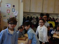 Kitah Gimmel visited Gan's 100th Day Celebration.