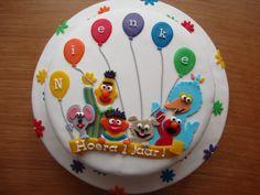 Pretty Cakes, Cute Cakes, Happy Birthday, Birthday Cake, Themed Cakes, Cake Designs, Food Art, Cupcake Cakes, Cake Decorating