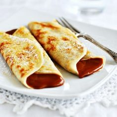 Gluten free crepes filled with dulce de leche (in Spanish - might have to learn Spanish for these)