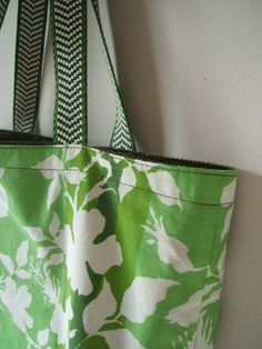New listing: Green leaves oversized tote