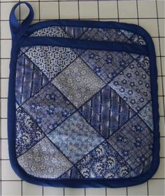 Free Sewing Patterns for All of Your Kitchen Needs: Free Pattern and Directions to Sew a Potholder that Doubles as an Oven Mitt