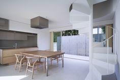 house in ikoma   diningroom,spiral steps http://www.kawazoe.biz/
