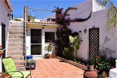 Property for sale in Portugal - 783 properties Common Room, Small Farm, Double Bedroom, Private Pool, Condominium, Detached House, Ground Floor, Rustic Style, Property For Sale