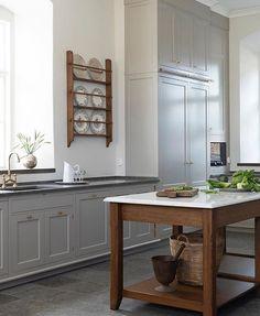 Kitchen Inspirations, Kitchen Worktop, Kitchen And Bath, Classic Kitchens, Kitchen, Gorgeous Tile Backsplash, Kitchen Marble, Kitchen Design, Classic Kitchen Design
