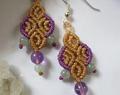 Beige Macrame Earrings with Amethyste & by PapachoCreations Macrame Earrings, Macrame Jewelry, Crochet Earrings, Gemstone Beads, Beige, Gemstones, Trending Outfits, Unique Jewelry, Handmade Gifts