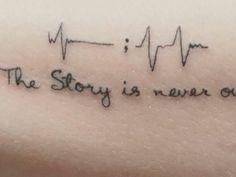 Tatuagem de Amizade: Ideias incríveis para se inspirar! Tattoo Feminina, Couple Tattoos, Tattoo Quotes, Dragonfly Tattoo, Tattoo Owl, Calavera Tattoo, Delicate Feminine Tattoos, Male Tattoo Sleeves, Couple Tattoos Love