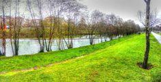 Boa tarde :As margens do rio Vez em Arcos de #Valdevez em um orgasmo de verdes :D - http://ift.tt/1MZR1pw -