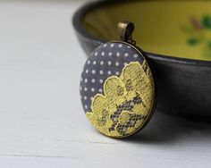 Gray and Yellow Necklace, Polka
