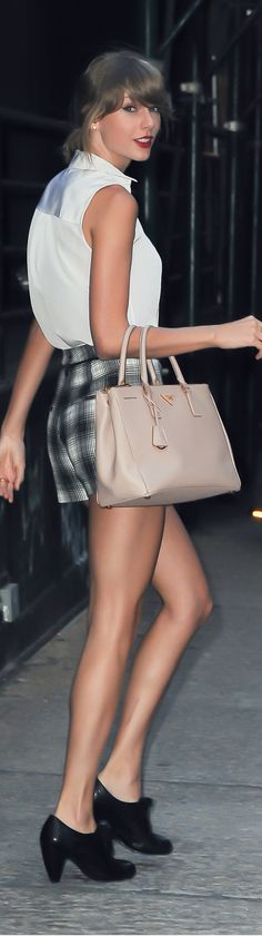 Gingham high waist shorts with simple styling