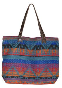 i need more pyramid tribal totes in my life. Me & Arrow.