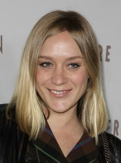 Chloe Sevigny's blonde, shoulder-length hairstyle