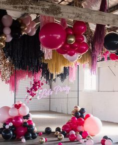 Tuesday night spoils = Lady P eating her way through being a Swan Princess ? Birthday Party Decorations, Birthday Parties, Wedding Decorations, Balloon Arch, Balloon Garland, Tassle Balloons, Hanging Balloons, Neon Led, Balloon Installation