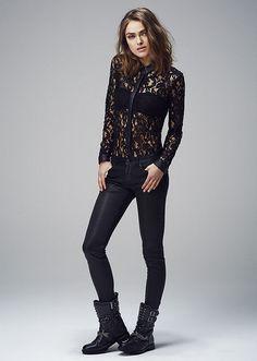 Jean noir et chemise en dentelle IKKS