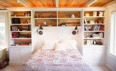 tête de lit avec lampes de chevet