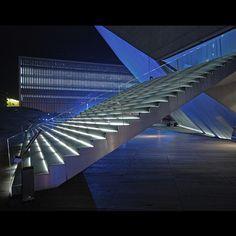 Casa da Música,Porto | Architect - Rem Koolhas by César Augusto, via Flickr